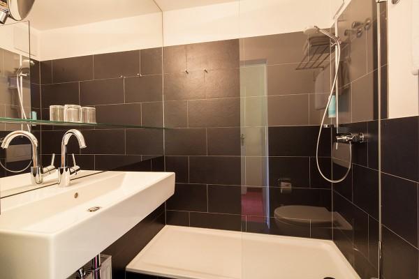 Badezimmer eines Komfortzimmers